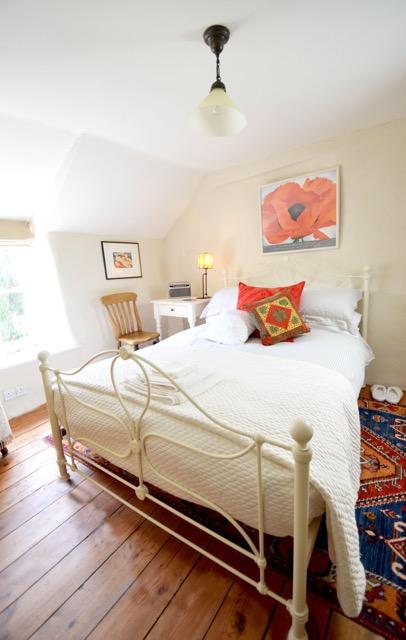 Poppy room