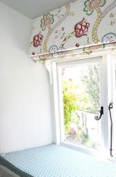 rose room window seat